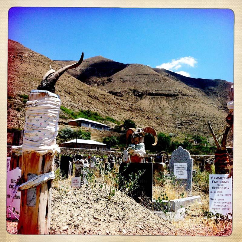 Cimitero Nokhur 2